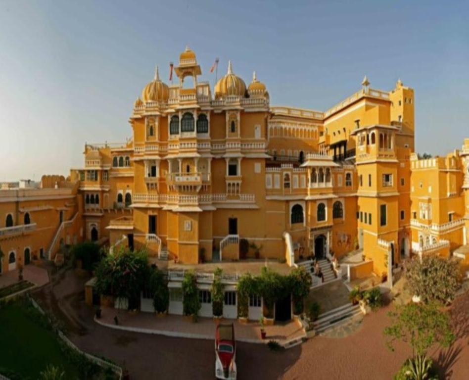 Resort Deogarh Mahal