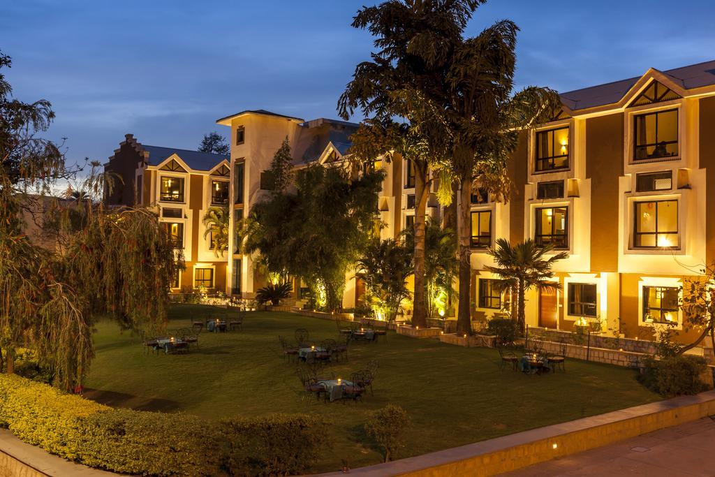 Hotel Hilltone