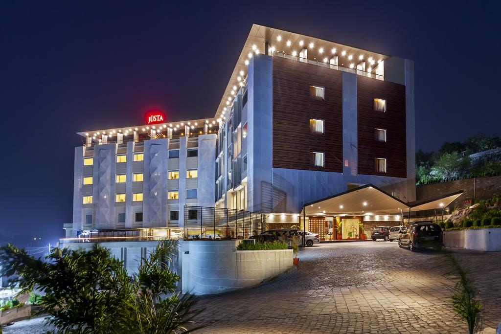 juSTa Sajjangarh Resort